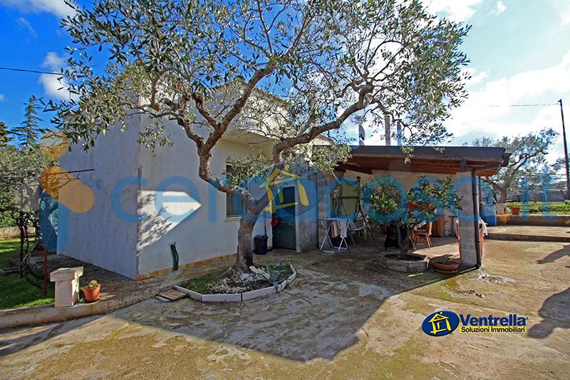 _villa-in-ottime-condizioni__002c--in-vendita-in-_strada-_provinciale-_conversano__002dputignano__002c--_putignano