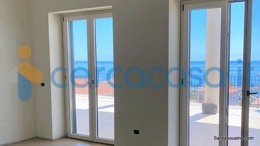 _attico-vista-mare-a-_cala-_gonone-150-m-dalla-spiaggia