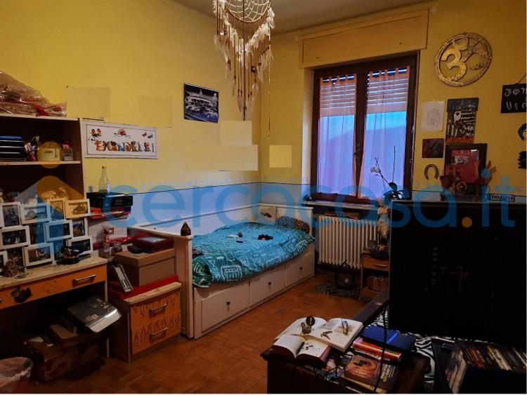 _appartamento-_trilocale--in-vendita-in-_via-_montemale-3__002c--_dronero