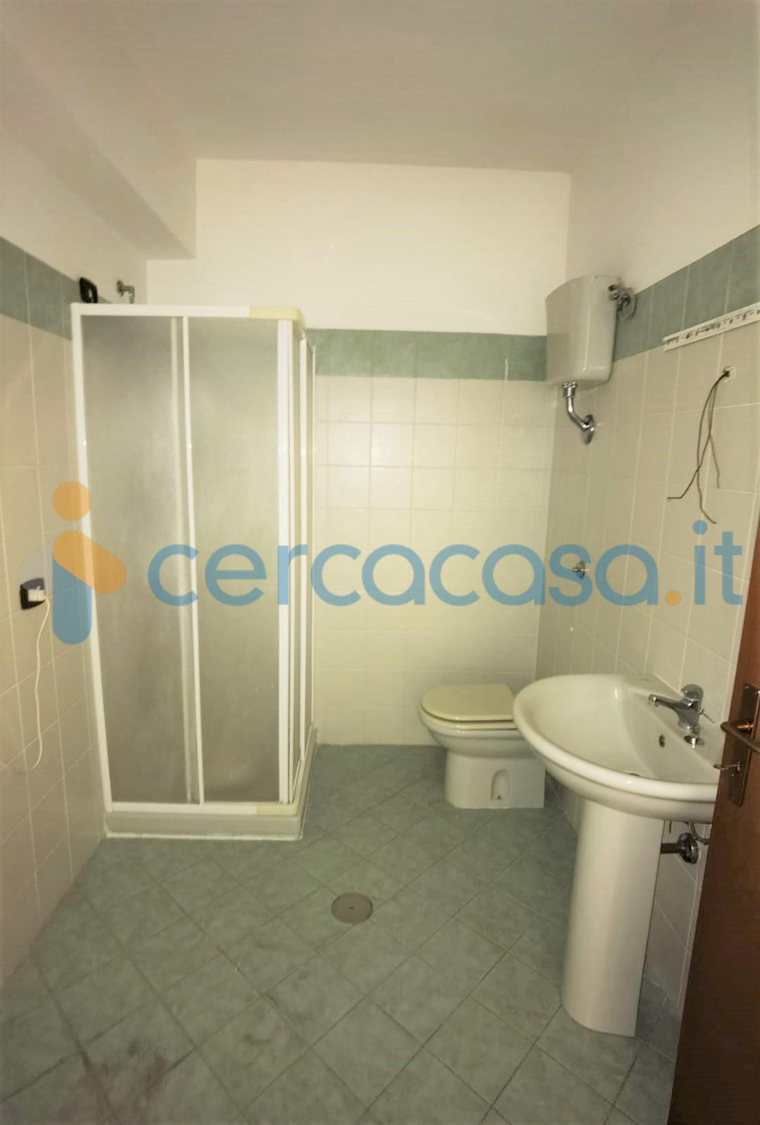 _appartamento-nel-comune-di-_maida-__002d-primo-piano-in-piccolo-condominio