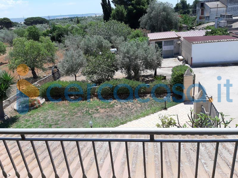 villetta-con-giardino-strad__002e-_vittoria__002d_scoglitti