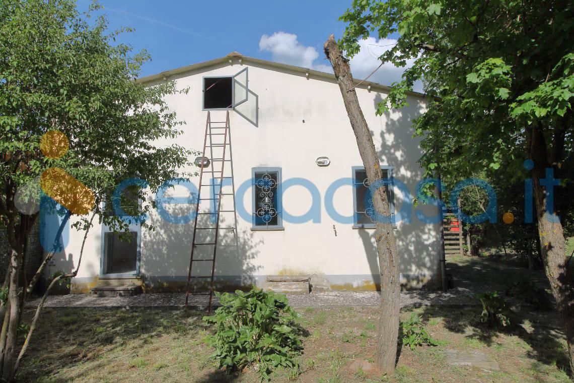 _casa-indipendente-di-66-mq-con-2500-mq-di-giardino-e-terreno
