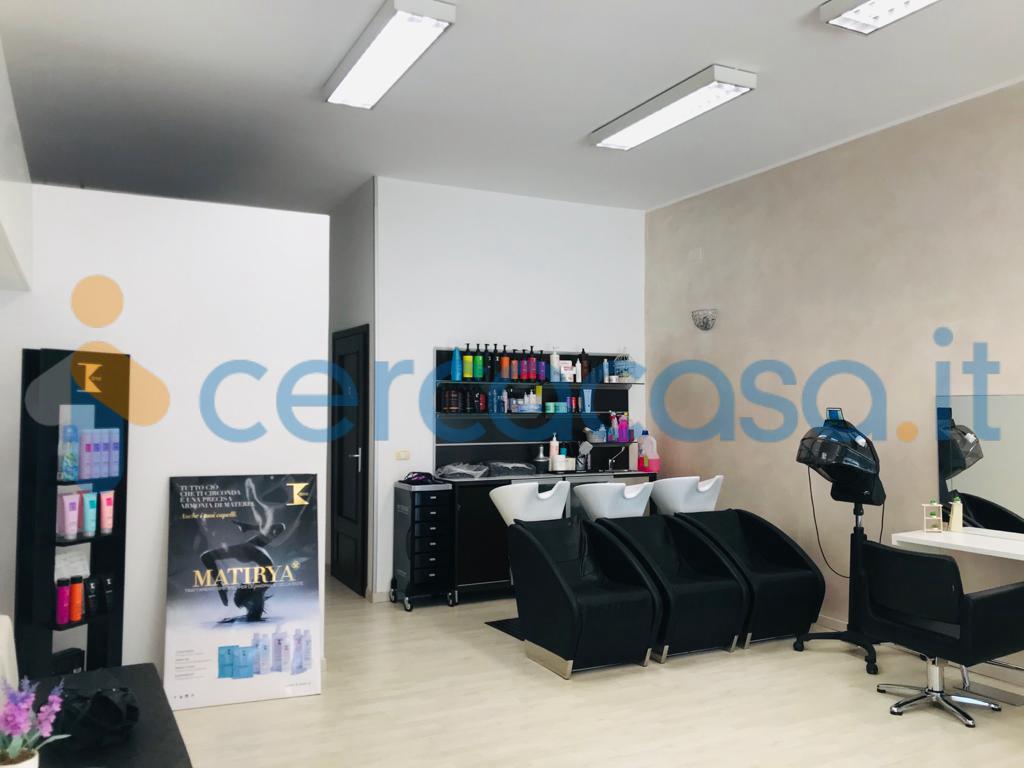 _locale-commerciale-a-_san-_salvo-centro