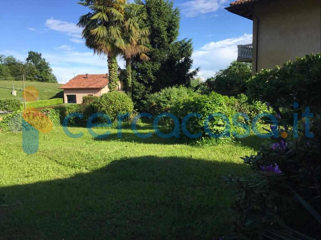 _casa-fineschiera-con-giardino