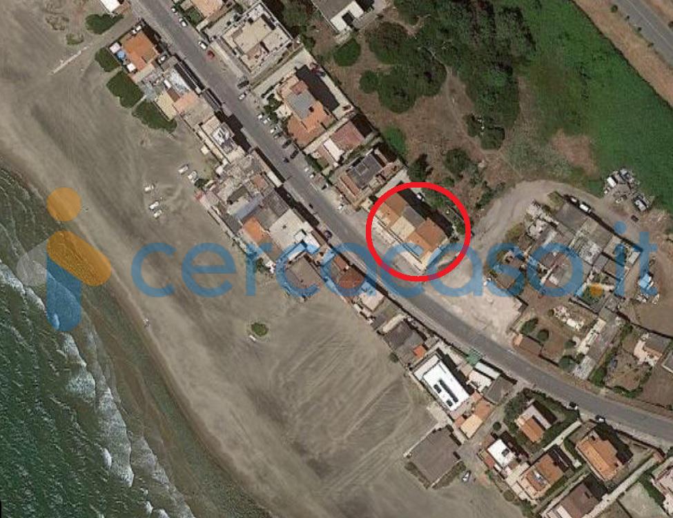 _a_r_d_e_a-_loc__002e-_marina-di-_ardea-fronte-mare-appartamento-trilocale