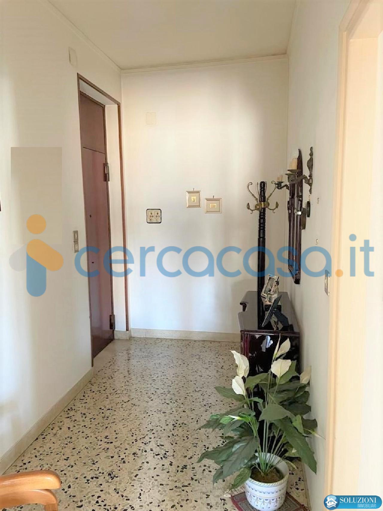 _ampio-e-_panoramico-4-1__002f2-_vani-via-_montepellegrino