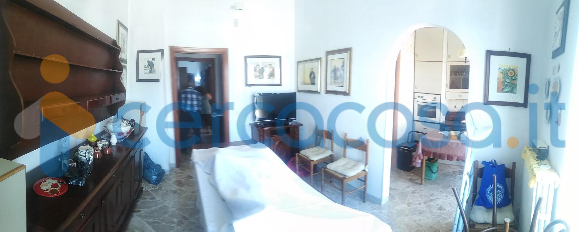 _appartamento-centrale-_locorotondo