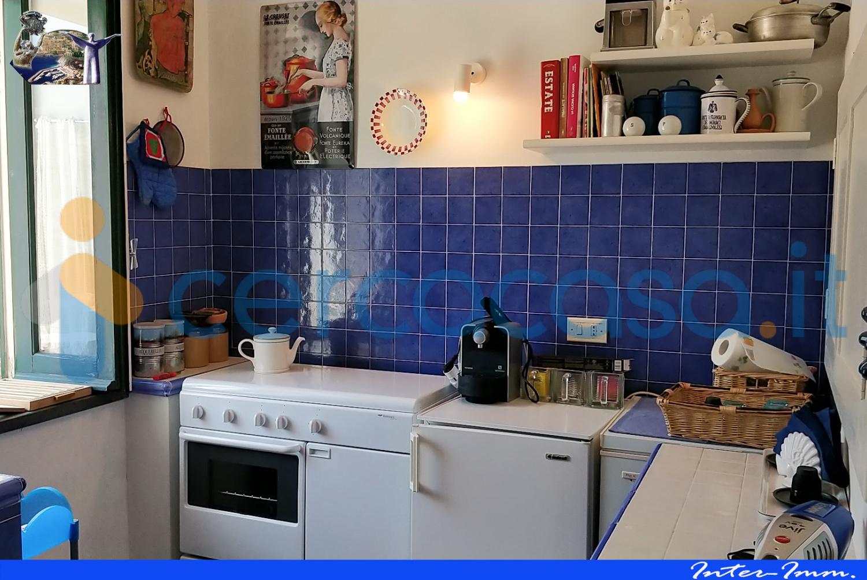 _appartamento-con-giardino-e-terrazzo-panoramico-al-_centro-_storico-di-_maraeta