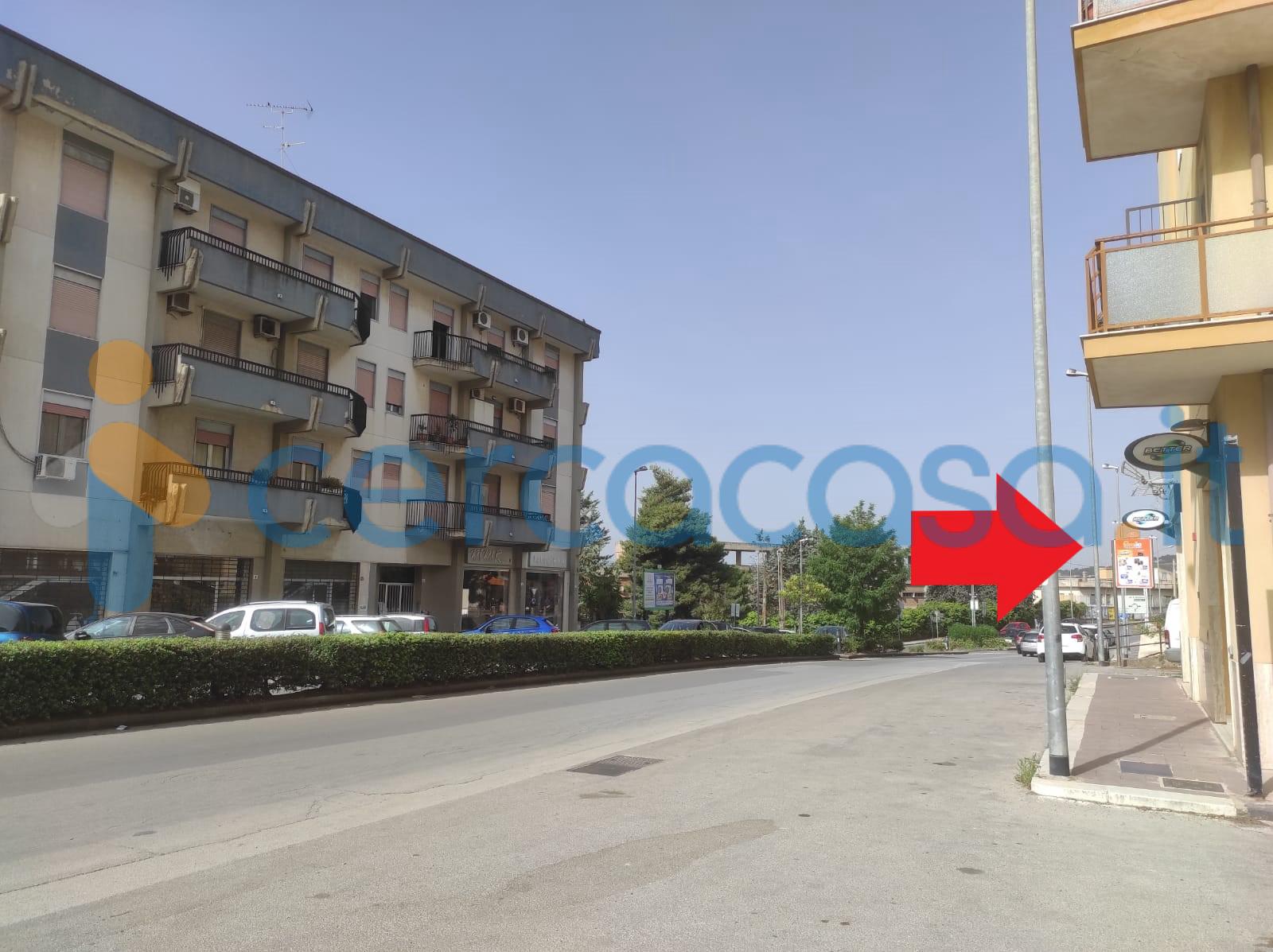 _locale-commerciale-via-_filippo-_paladini-78-_caltanissetta