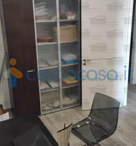 _trivani-accessoriato-in-classe-_a-con-ingresso-indipendente-e-box-auto