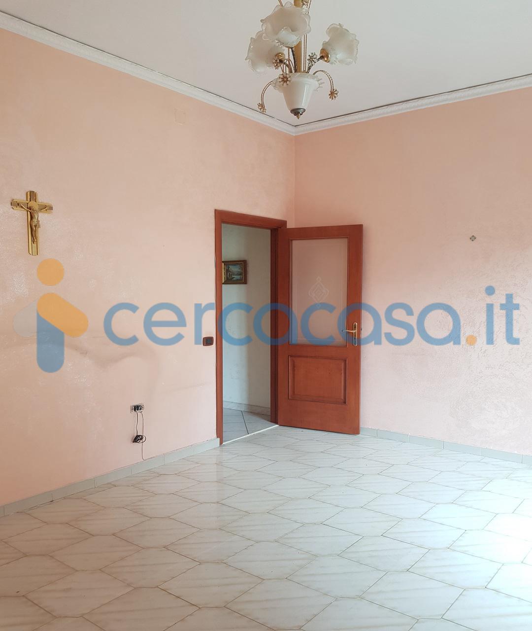_piazza-_ottocalli__002c-adiacente-_libero-2vani__002bacc