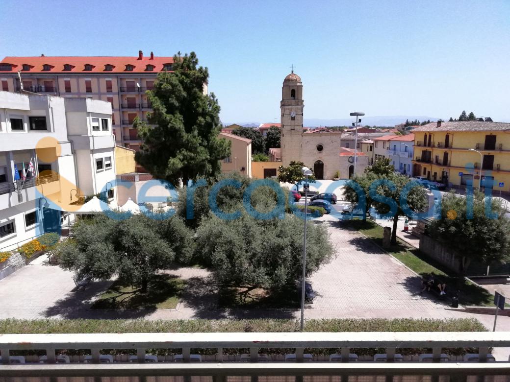 _decimomannu-_piazza-_municipio-__002d-_ampio-quadrivano-ottimo-stato