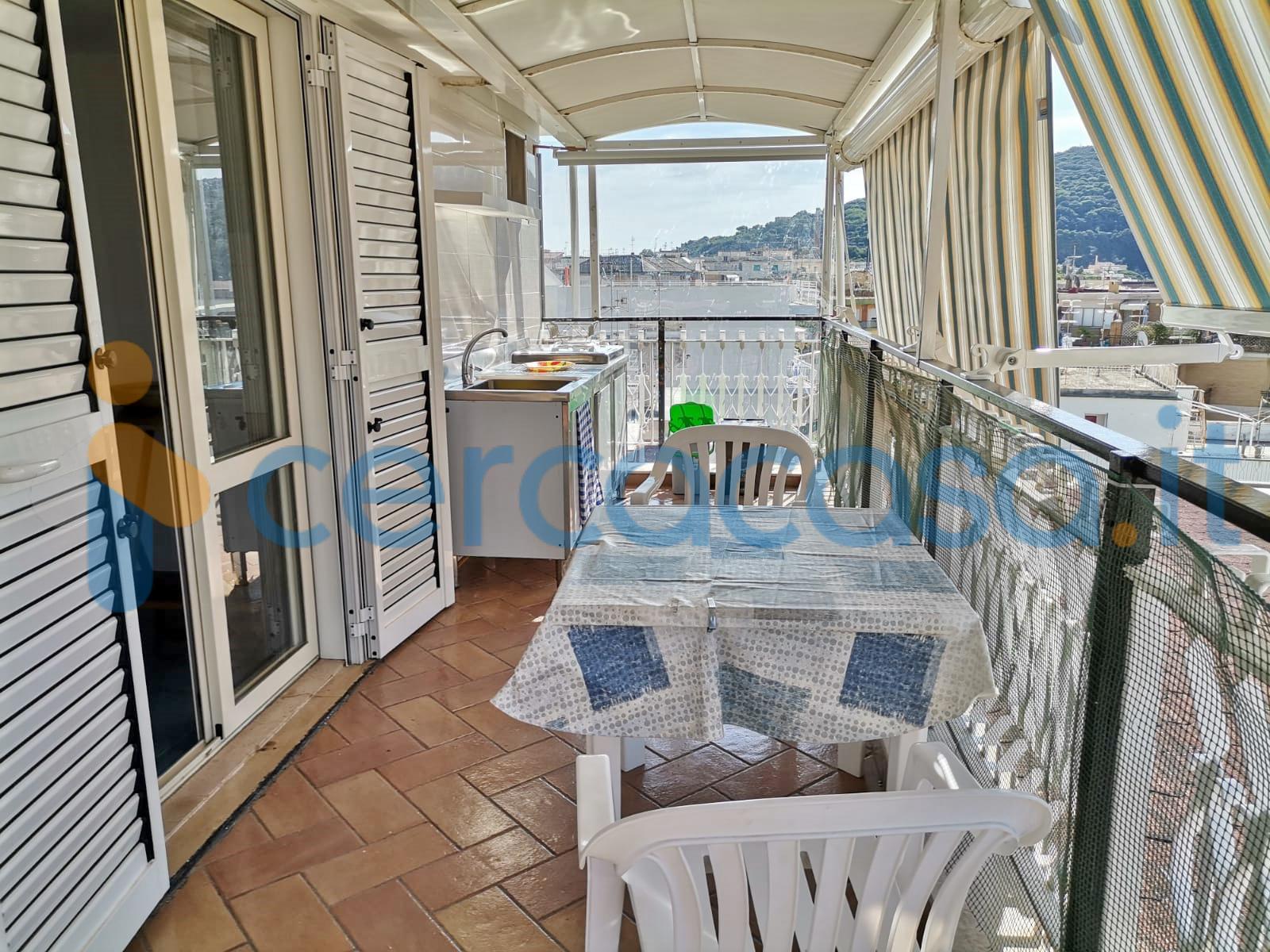 _gaeta-_serapo-_attico-con-terrazzi-panoramici