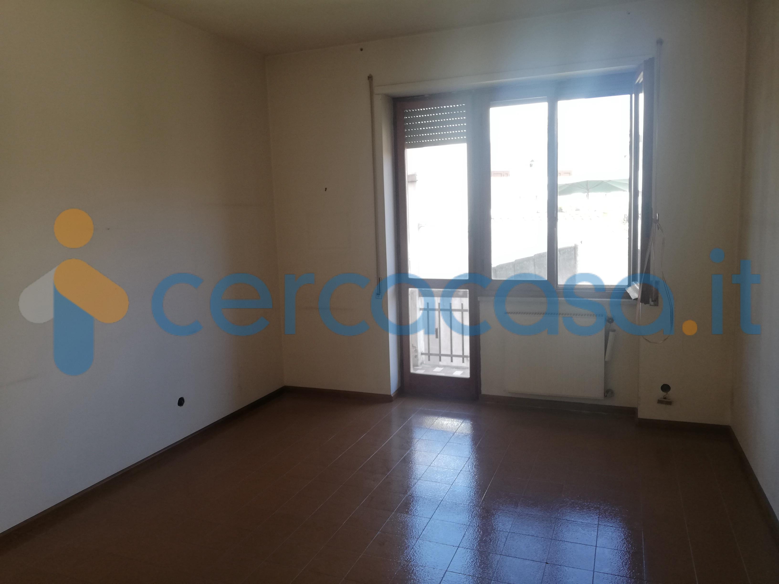 _ampio-e-luminoso-appartamento