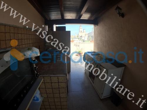_abitazione-indipendente-bilivelli-con-box-in-centro-storico
