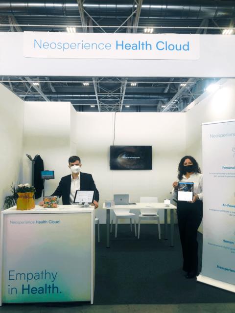 Stand Neosperience Health Cloud